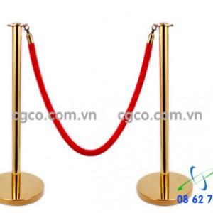 Cột chắn inox vàng sảnh nhà hàng tiệc cưới