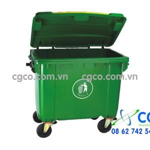 Thùng rác nhựa 660L màu xanh lá cây 4 bánh đẩy công cộng