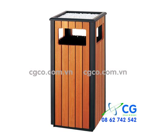 Thùng đựng rác bằng gỗ thân thép chắc chắn