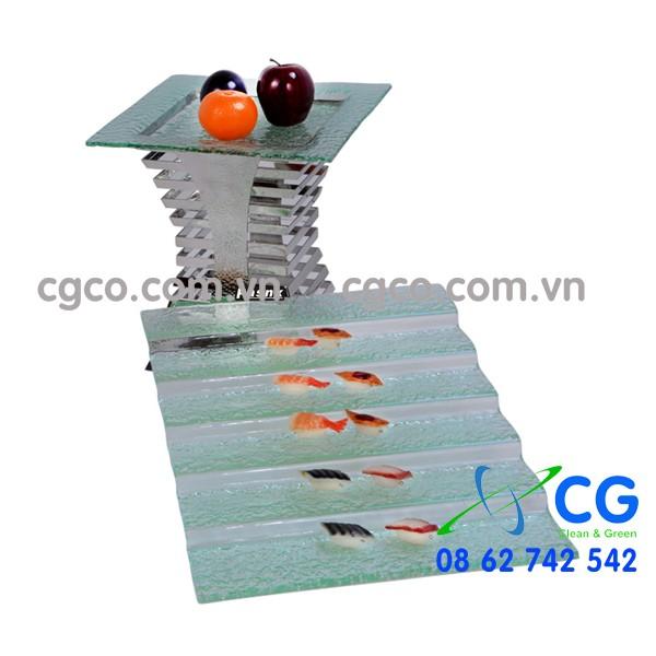 Ke-trang-tri-trung-bay-buffet-bang-inox-BK01C